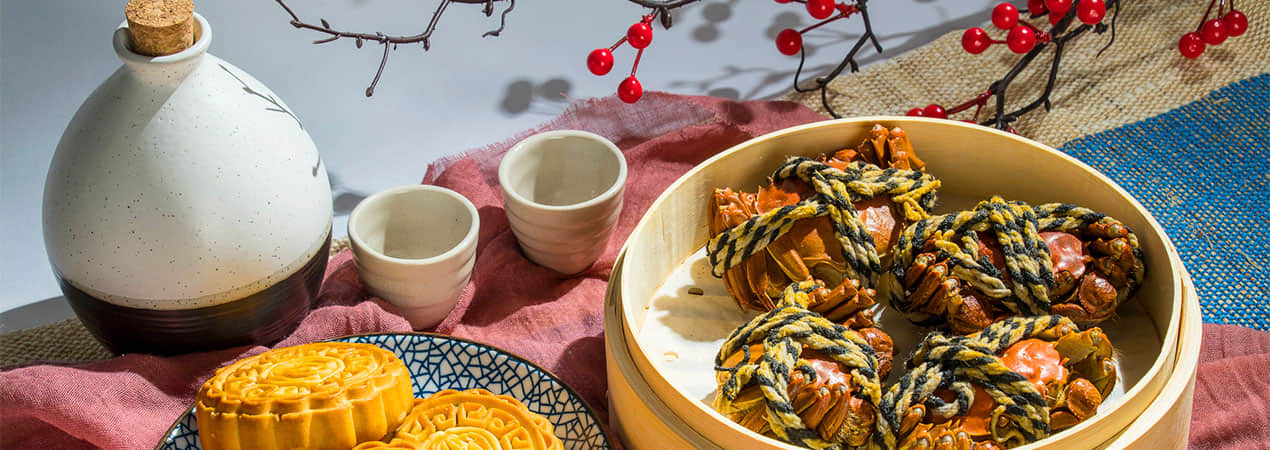 What do Mid-Autumn Festival People Eat?
