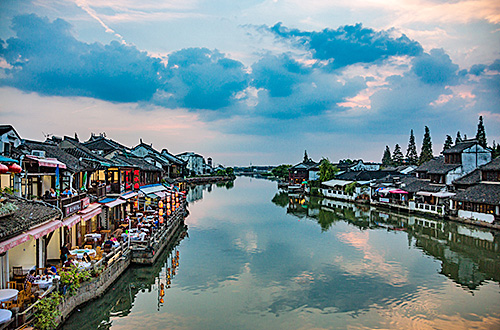 Water Town and Shanghai Landmark Tour