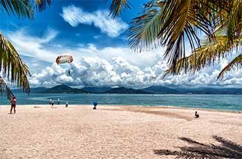 the beaches of hainan