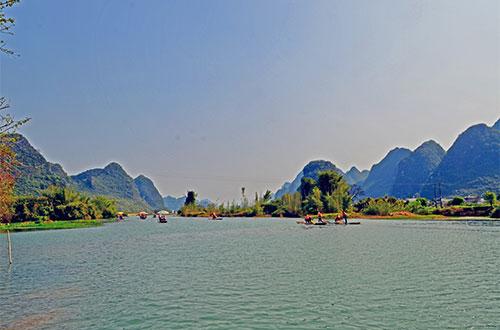 Hiking along Yulong River