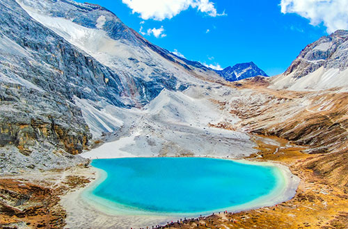 Hiking in Daocheng and Yading