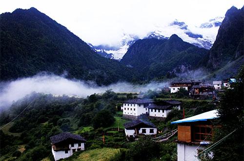 Yubeng Village Hiking