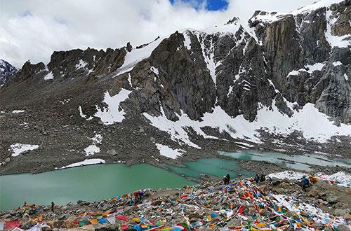 Mount Kailash Hiking