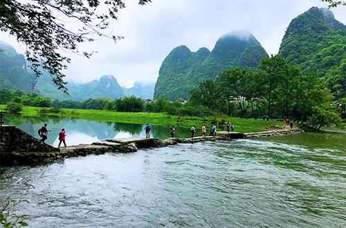 Li River banks Hiking from Yangdi to Xingping