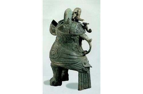 fu hao owl shaped bronze zun
