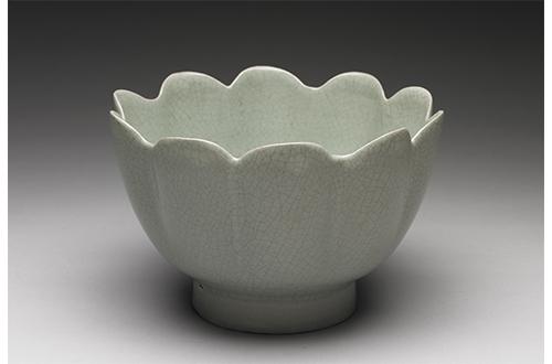 warming bowl with celadon glaze ru ware