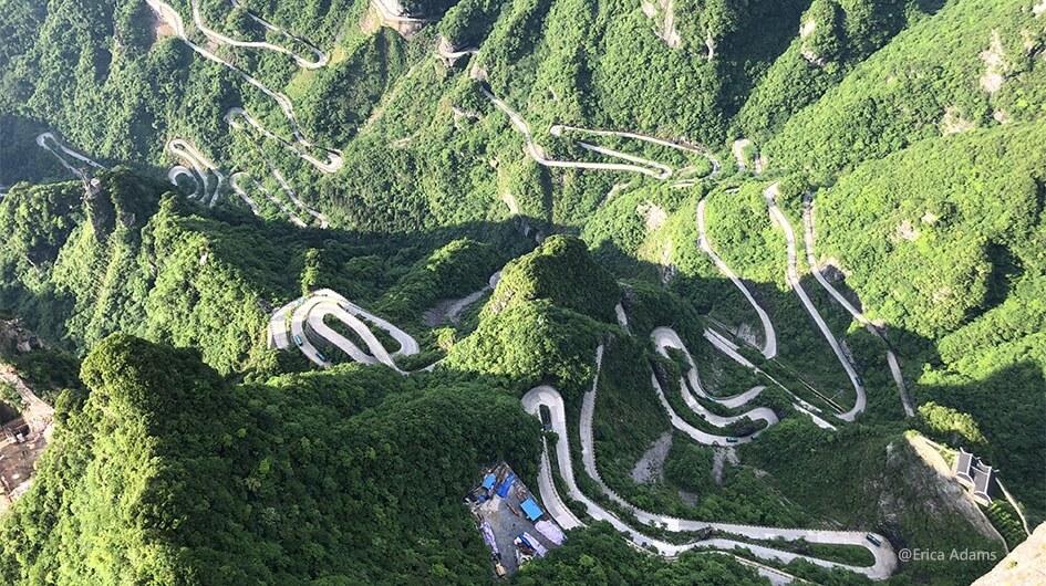 99 Turns in Zhangjiajie