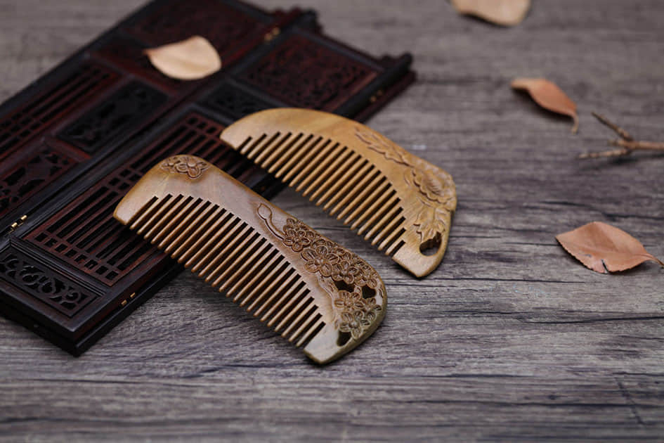 Comb Gift for double seventh festival